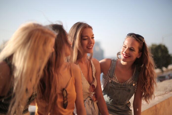 12 Reasons Why You Should Choose Friendship Over Relationship